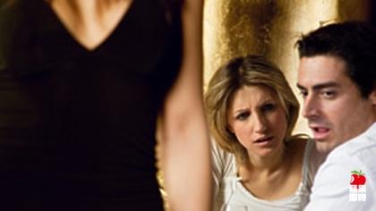 研究:男人被美女吸引 是為了傳宗接代